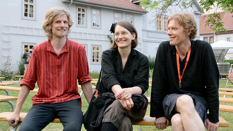 Tsching vor dem Schillerhaus in Rudolstadt: Ben Aschenbach, Franziska Kraft und Helmut Mittermaier